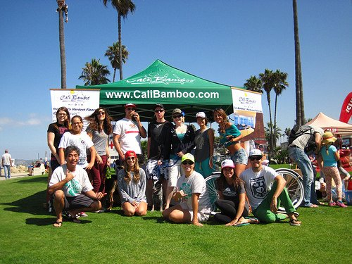 Team Cali Bamboo volunteers for the beach cleanup.