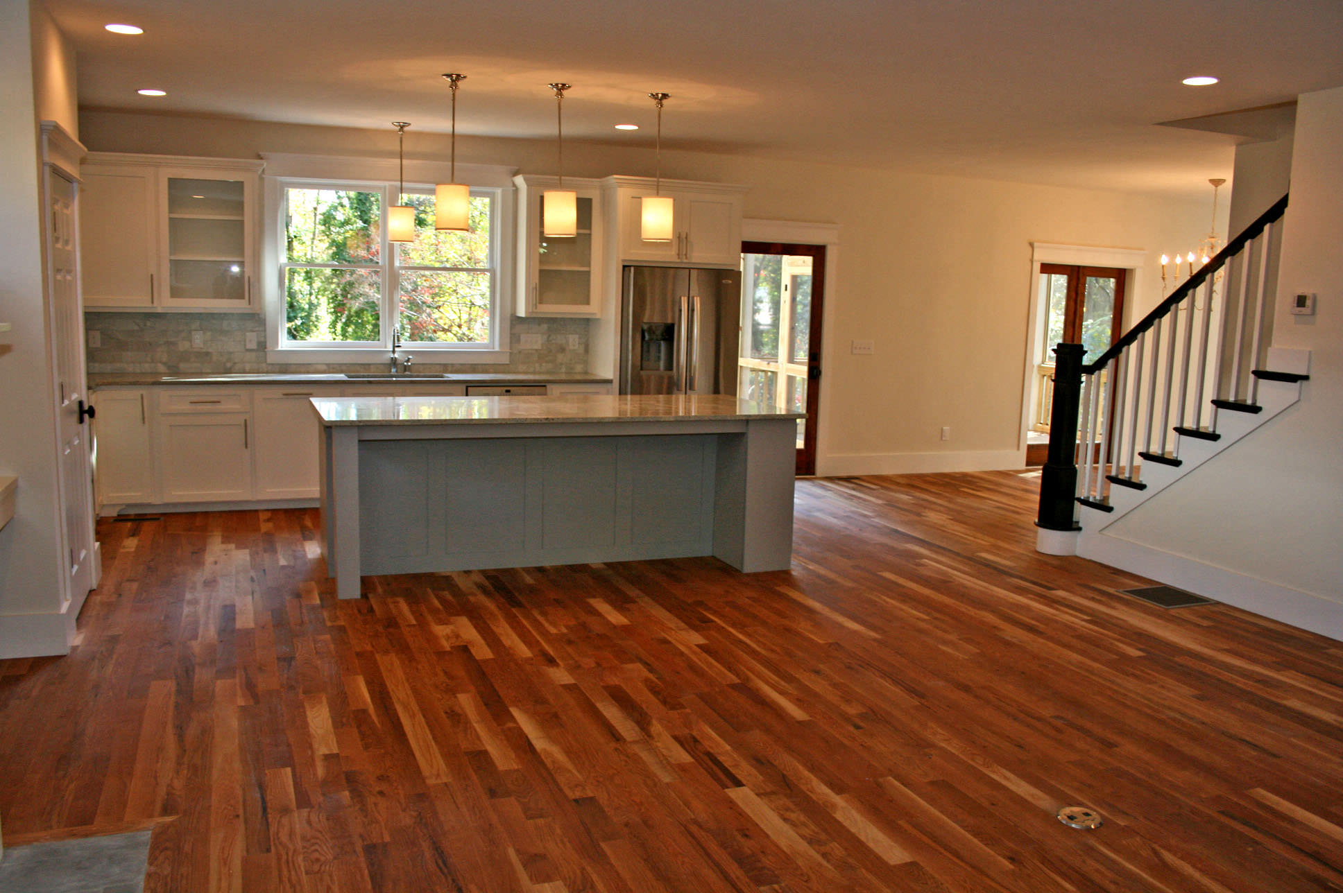 Openlivingarea Reclaimed_hickory_flooring_detail