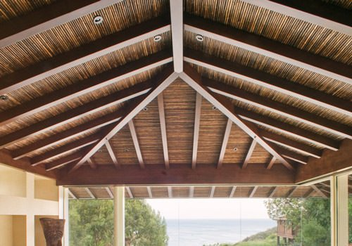 Bamboo Ceiling – Get an Island Decor with Natural Bamboo Fencing