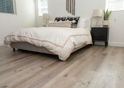 Aged hickory vinyl in the bedroom